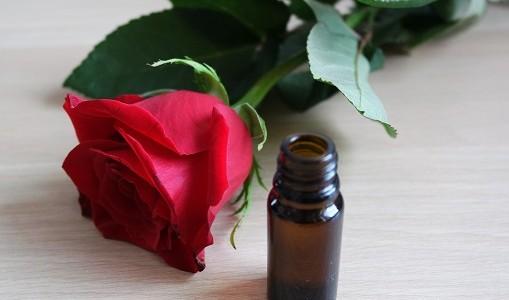huiles-essentielles-maux
